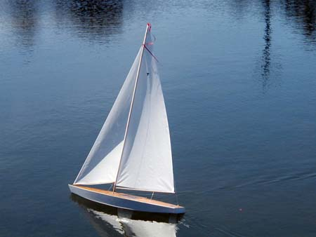 radio controlled model sailboat rc sailboat radio ...