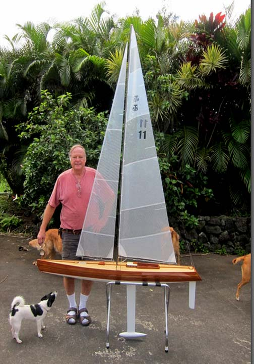 rc model sailing boat